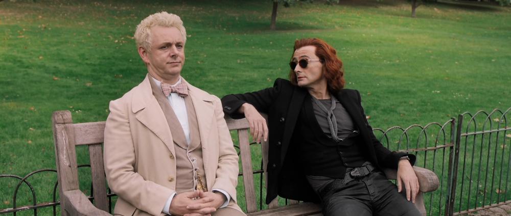 Good Omens – Crowley – długie włosy