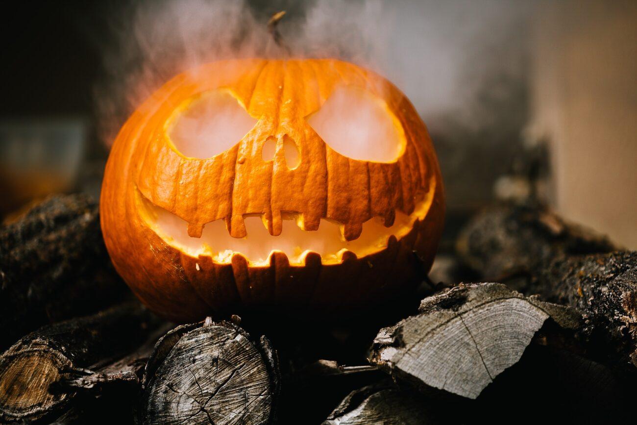 Benjamin Balazs – Halloween