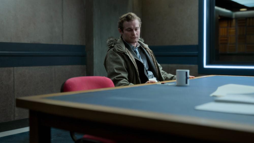 Criminal UK – policjant-kawosz
